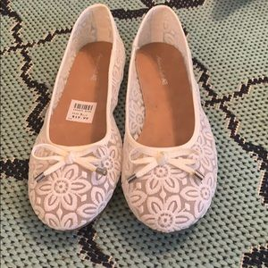 Shoes - Lacey Bow Flats